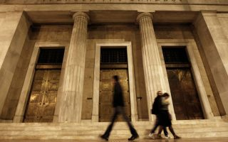 greek-hourly-labor-costs-up-as-public-hirings-rise-eurostat-shows