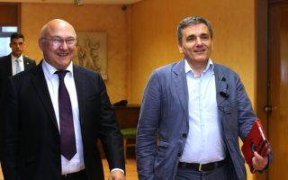 tsakalotos-to-meet-sapin-moscovici-ahead-of-euro-working-group