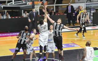 olympiakos-aek-emerge-unscathed-but-paok-loses-at-apollon-patras