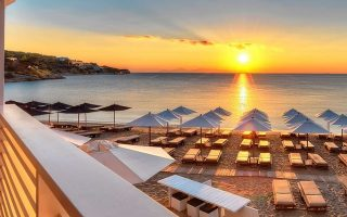 pick-your-greek-beach-and-reserve-a-lounger