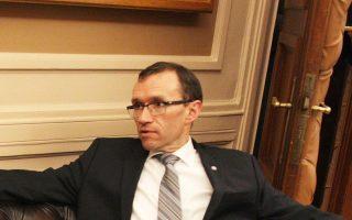 un-envoy-progress-on-cyprus-security-deal-long-way-to-go