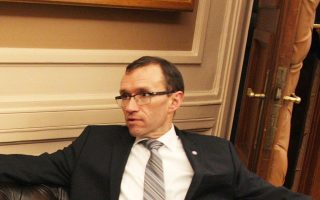 un-trying-to-get-cyprus-talks-back-on-track