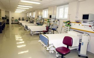 greek-government-accused-of-hospital-pogrom