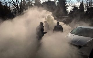 police-injured-by-anti-fascists-in-ioannina