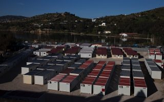 pre-departure-migrant-camps-planned-for-greek-islands