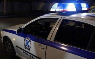 police-exchange-fire-with-robbers-in-northern-athens-suburb