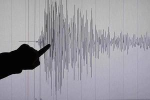 second-strong-quake-measuring-5-3-richter-hits-lesvos