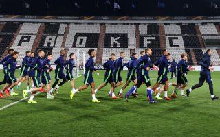 schalke-fans-fight-greek-police-ahead-of-europa-league-game