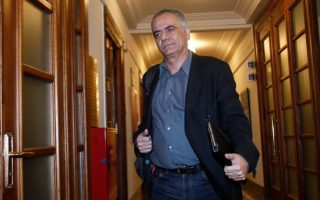 skourletis-rules-out-early-elections