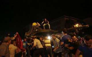 turkish-commandos-ask-for-asylum