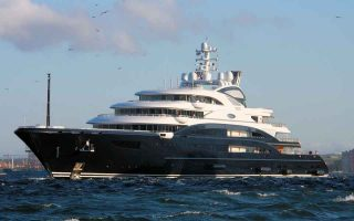 mega-yacht-owners-choose-greece-for-construction-and-maintenance