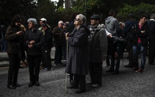 blind-demonstrators-protest-against-austerity-in-athens