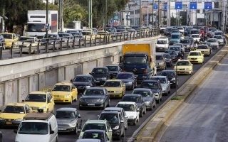 strike-causes-traffic-chaos-in-athens