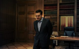 tsipras-shifts-focus-to-constitution