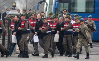 ankara-seeks-deportation-of-two-turkish-commandos