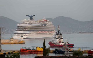 cruise-tourism-industry-expects-further-drop-in-greece-next-year