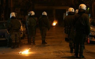 clashes-with-police-closed-patission-street