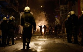 riot-police-come-under-barrage-of-attacks-in-central-athens