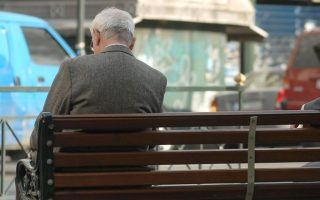 pensioners-protest-looming-cuts-in-central-athens
