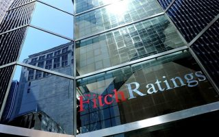 fitch-upgrades-greece-as-political-risk-eases