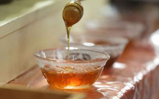 new-trading-regulations-boost-local-honey-olive-oil