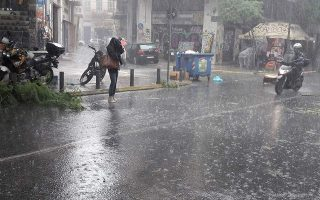 summer-showers-sweep-across-greece