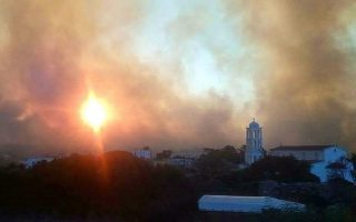 arson-investigators-arrive-on-kythera-nd-lambasts-gov-t-response