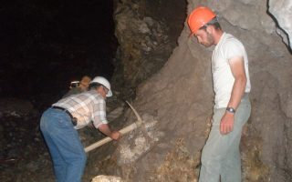 the-long-and-arduous-tradition-of-emery-mining-on-naxos