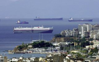 greek-shipping-companies-would-consider-moving-out-study-finds