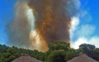 wildfires-at-spetses-and-anavysos-under-control