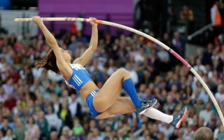 stefanidi-vaults-to-the-top-of-the-worlds