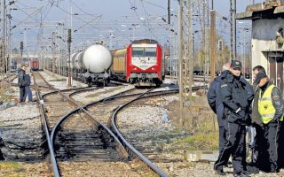 derailed-freight-train-causes-disruption-to-athens-thessaloniki-line