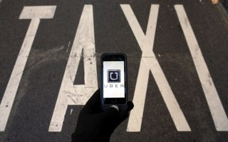 uber-operating-unchecked-in-greece
