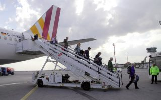air-arrivals-rise-9-3-pct-in-year-to-end-august
