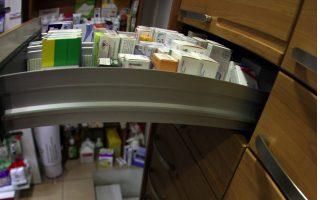 greek-pharmaceutical-firms-attracting-international-interest