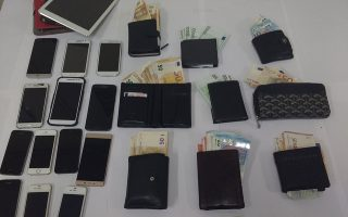 pickpocketing-ring-was-netting-thousands-of-euros-a-day0