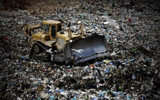 greece-convicted-over-poor-waste-management