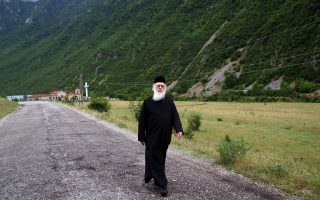 archbishop-anastasios-greeks-should-quit-corrupt-ways
