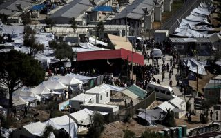 lesvos-mayor-files-suit-over-conditions-at-moria-migrant-camp