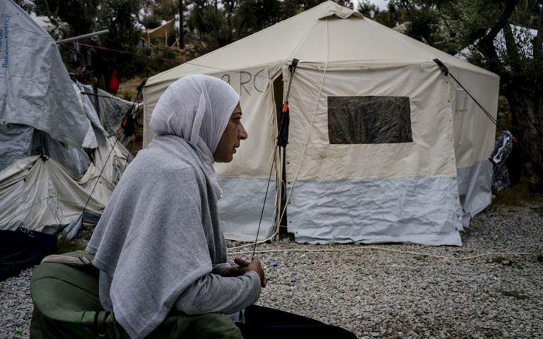 rights-group-rings-alarm-as-winter-descends-on-island-migrant-camps0