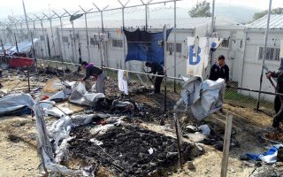 unhcr-calls-for-migrant-transfers-greek-authorities-blamed-for-grim-conditions0