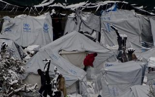 rights-groups-urge-greece-to-end-amp-8216-containment-policy-amp-8217