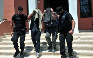 one-of-eight-turkish-servicemen-granted-asylum-by-greece