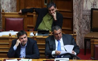 syriza-s-leftist-purists-challenge-painful-alliance-with-right-wing-anel