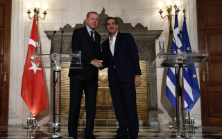 erdogan-tsipras-strike-secret-deal-on-migrants0