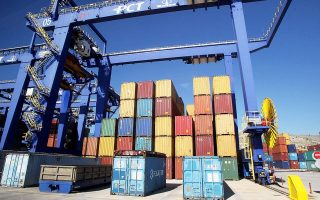 chinese-embassy-issues-complaint-over-strikers-port-blockade