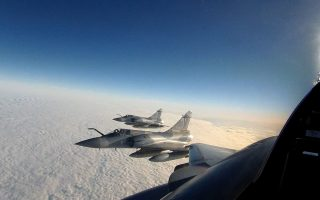 turkish-f-16s-and-cn-235-violate-greek-air-space