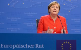 merkel-says-eu-moving-closer-to-common-asylum-system-confirms-deal-with-greece