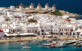 greek-hotel-rooms-can-t-meet-demand-from-tourists