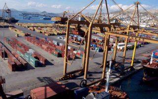 blockade-of-piraeus-cargo-terminal-lifted